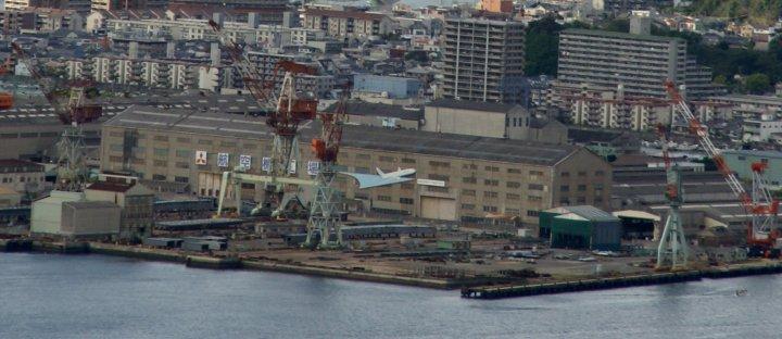 În hala din imagine se confecţionează subansamble de avion pentru Boeing. 35% din corpul avioanelor Boeing se confecţionează în Japonia.